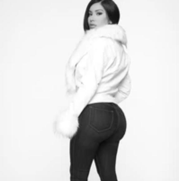 FashionNova Jackets & Blazers - FashionNova Faux white leather jacket